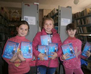 93 libraries of Donetsk, Kharkiv, Kherson, Luhansk, Zaporizhzhia and Dnipropetrovsk regions of Ukraine received for free the book by Mayim Bialik called Girling Up: How to Be Strong, Smart and Spectacular.